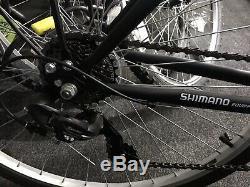 Ammaco Madrid 700c Mens Hybrid Bike 7 Speed & Carrier Rack Black 21 Frame