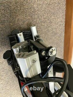 Genuine Volkswagen Compact III towbar mounted bicycle carrier for 3 bikes/cycles