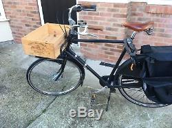 Mens Dutch Bike Large upright child carrier black Azor Opafiets