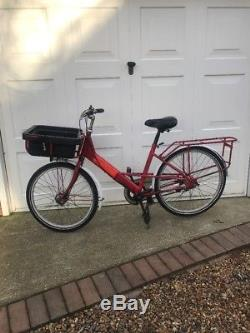 Royal Mail Delivery Cargo Bicycle With Large Front & Rear Carriers 18 1/2 Frame