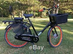 WorkCycles Gr8 Transport Bicycle with long rear carrier